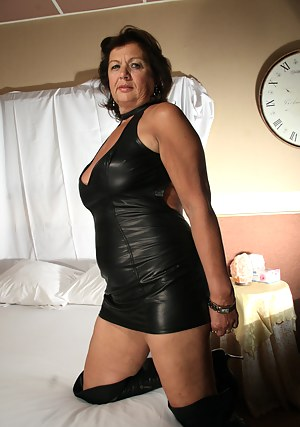 Free Moms Leather Porn Pictures