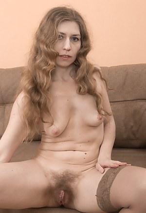 Free Erotic Moms Porn Pictures