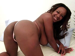 Free Moms Black Ass Porn Pictures