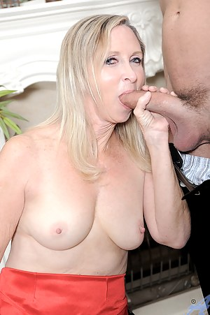Free Moms Big Cock Porn Pictures